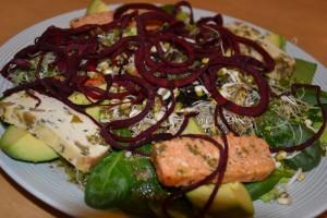 Ekologisk raw food sallad
